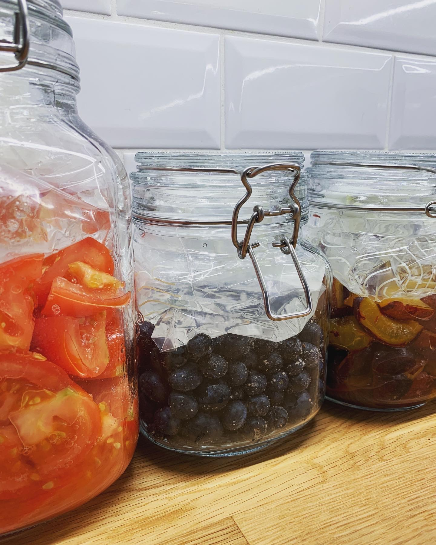 Toms, bloobs and plums